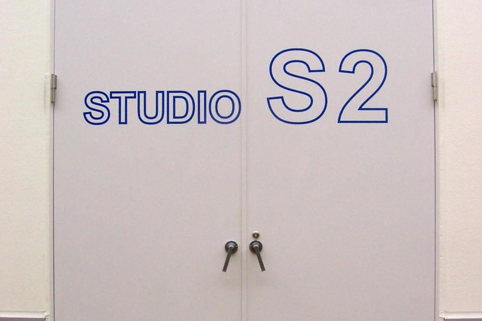 STUDIO S2
